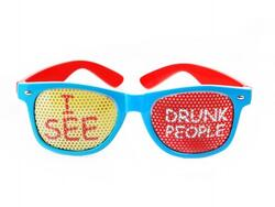 Brille I see drunk people